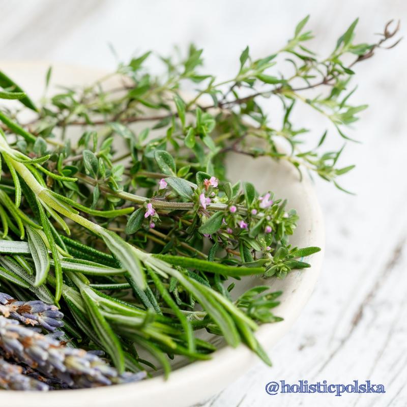 Przyprawy ziołowe, które wzmacniają Twoje zdrowie. Siła płynąca z natury
