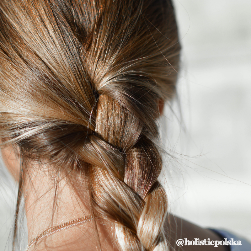Kondycja naszych włosów mówi o jakości naszej krwi. Teresa Jaroszyńska, specjalista ds. produktów Holistic Polska