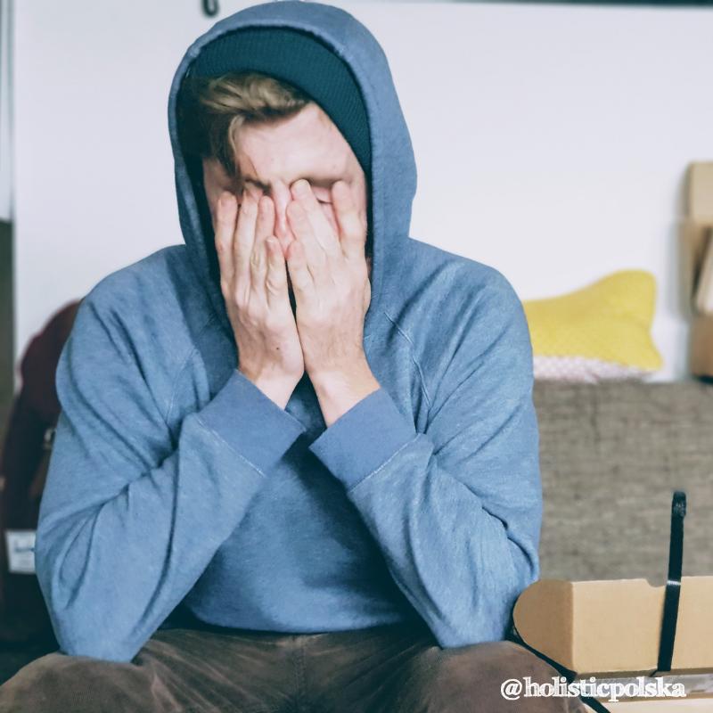 Jak poradzić sobie z uczuciem niepokoju, lęku i przewlekłym stresem poprzez wprowadzenie niewielkich zmian w stylu życia?